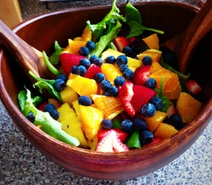 summer berry salad, paleo, strawberry, blueberry, simple meals, little sprouts kitchen, summer
