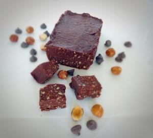 paleo nutella fudge, little sprouts kitchen, chocolate hazelnut fudge